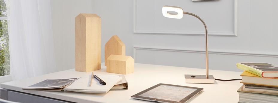 Schreibtischlampe im Büro LITAGO 97017