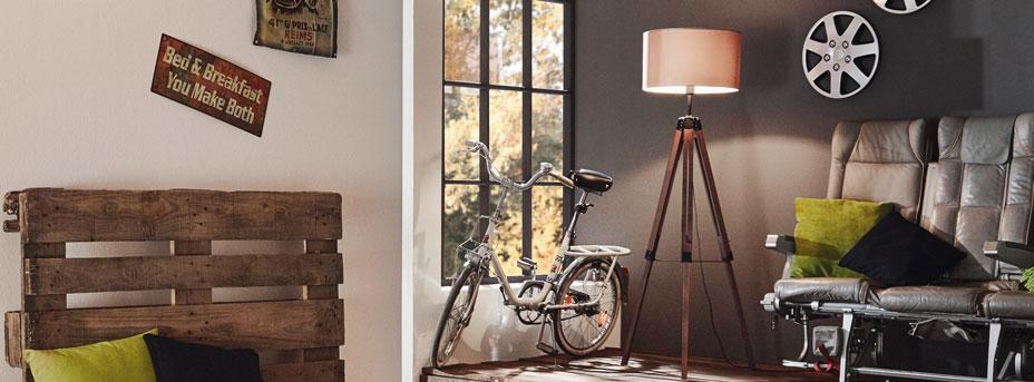 Stehlampe Holz LANTADA im Wohnzimmer 94326