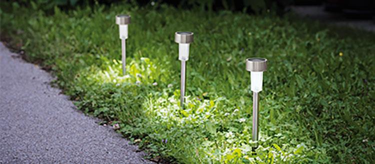 Außenleuchten Außenstrahler Solarlampe mit Erdspieß