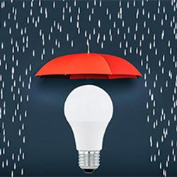 Wohnmagazin Lampe wird geschützt