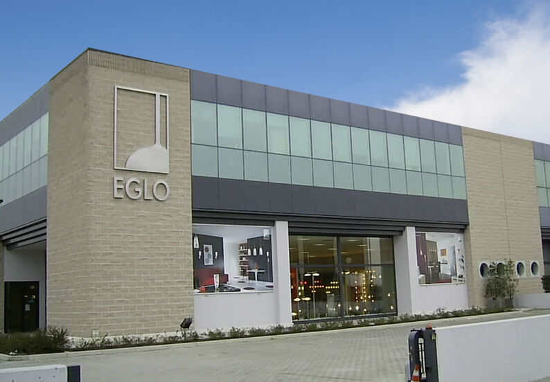 Plafoniere Eglo Led : Italy europe global business units eglo worldwide about